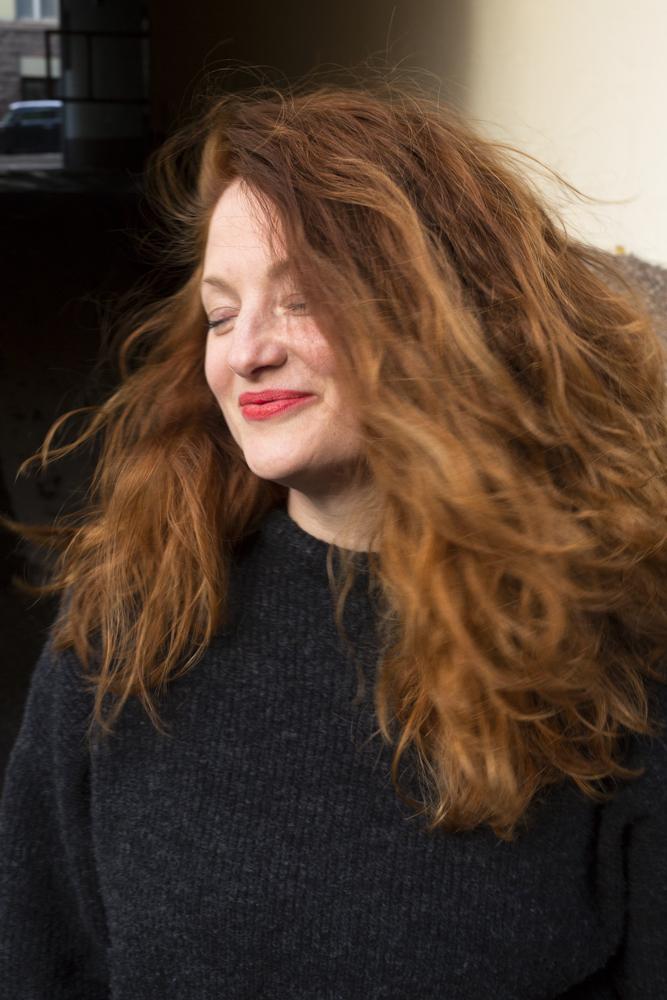jutella vaalea punaiset hiukset